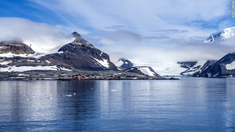 Antarctica Heat Records. A Consequence Of Hubris?