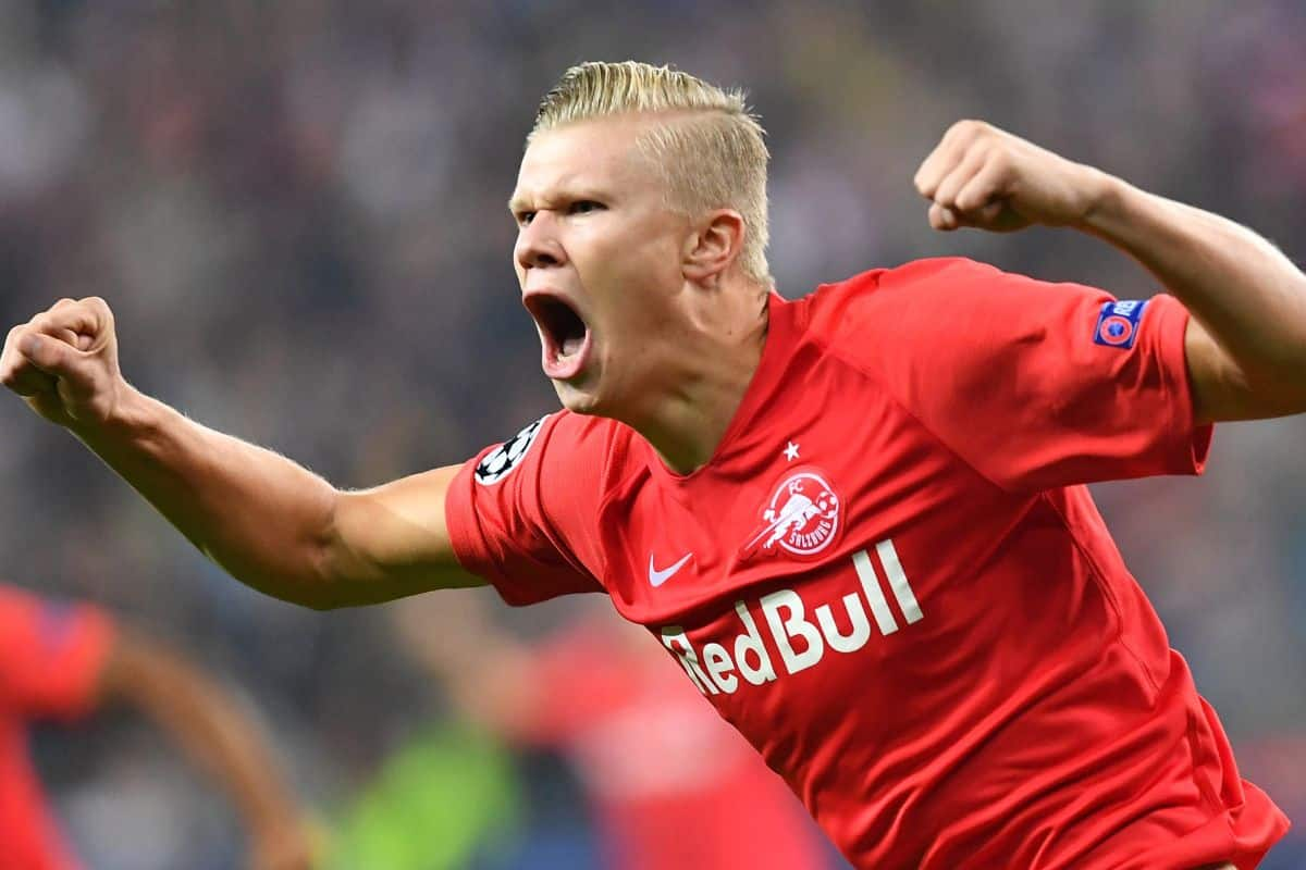 Erling Haaland snubs Manchester United interest to complete move to Borussia Dortmund for 'less than £