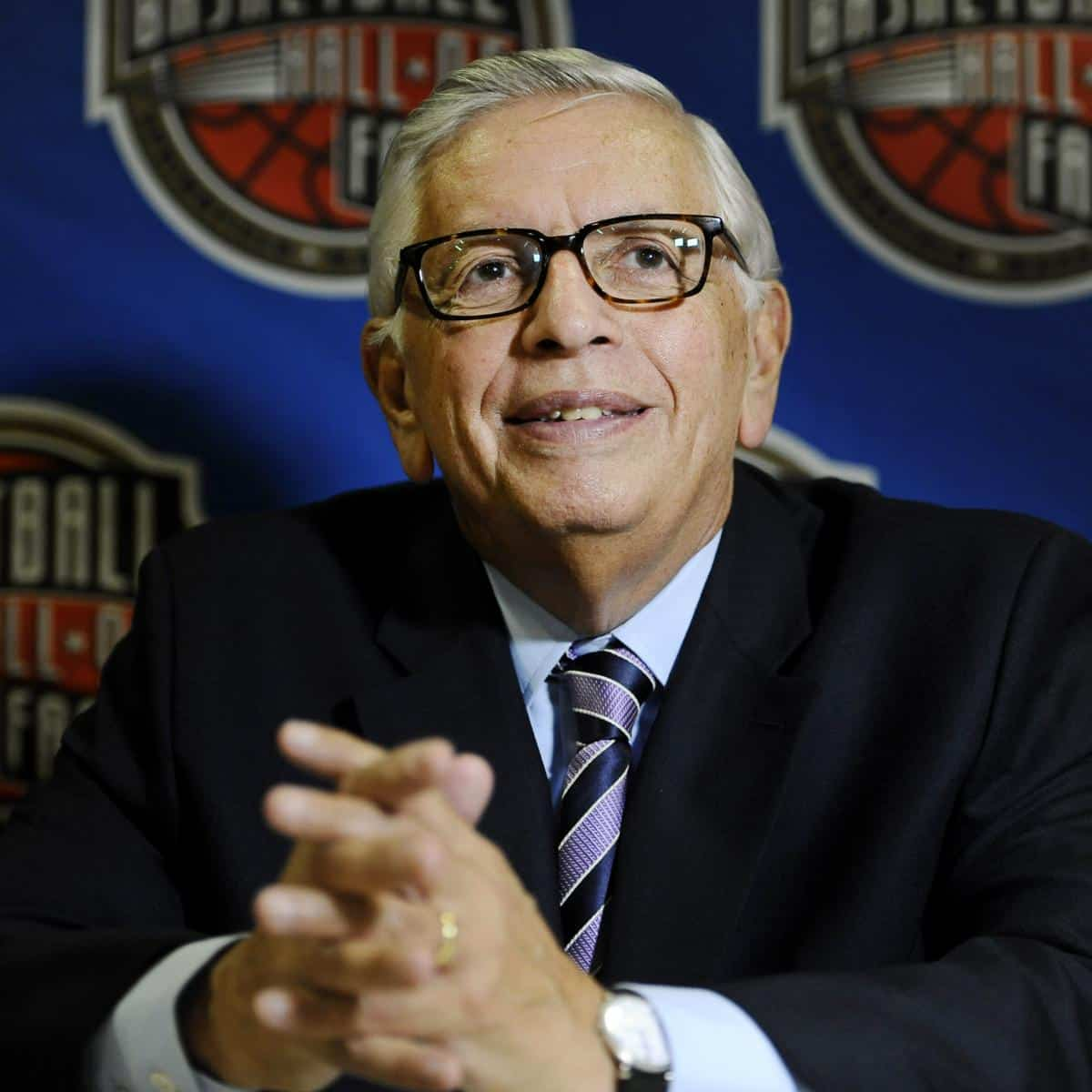 Former NBA Commissioner David Stern Dies at Age 77 After Brain Hemorrhage