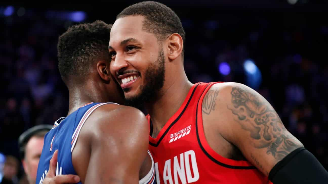 Melo feels the love while turning back clock in NY