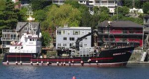 5 crew members feared dead after Alaska fishing boat sinks