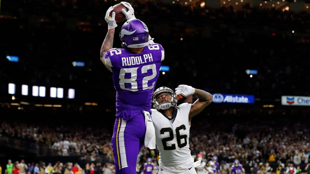Officials: No interference on Vikings' winning TD