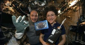 Space-baked cookies, 'mighty' mice back on Earth via SpaceX