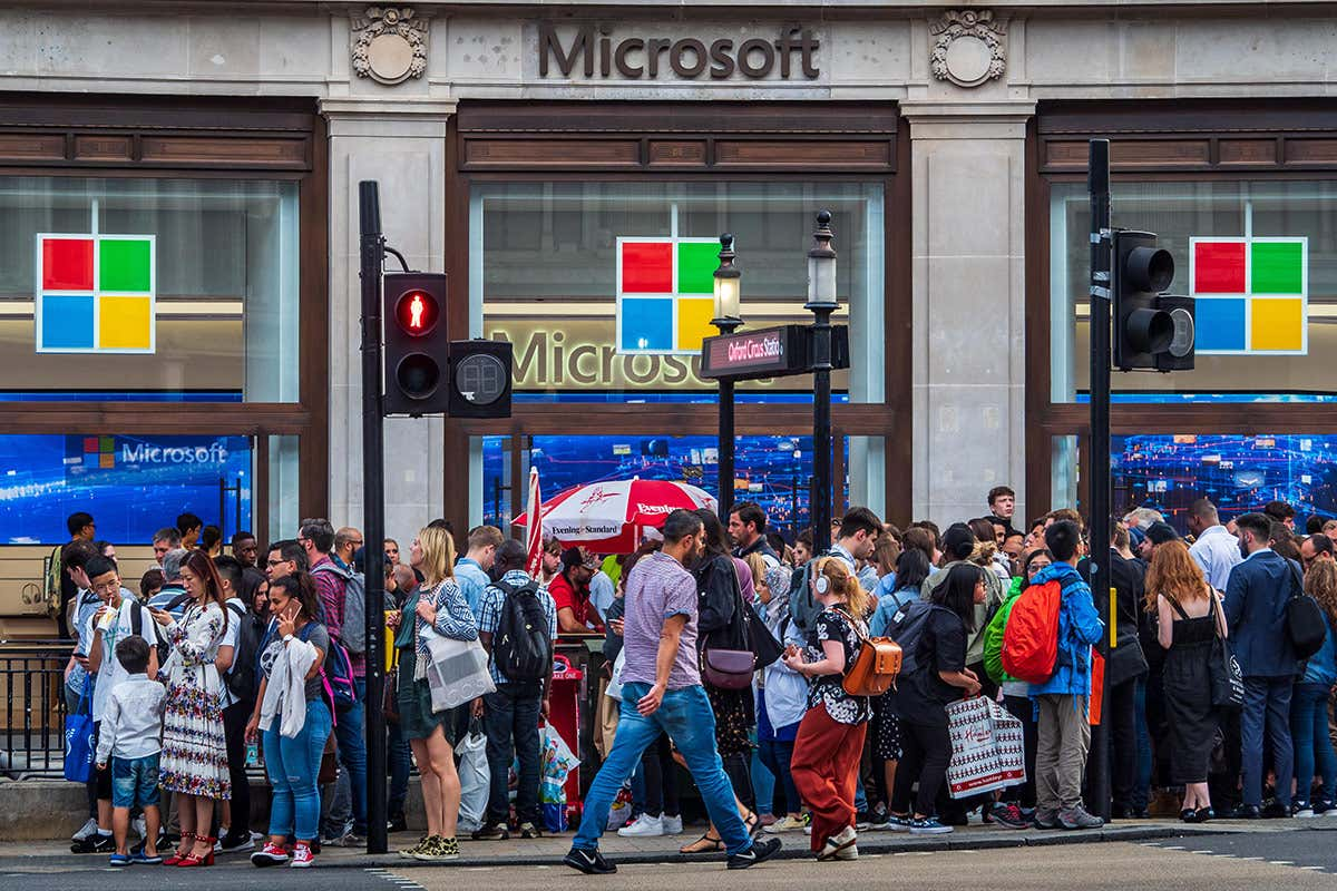 Microsoft says it will cut emissions to be carbon negative by 2030