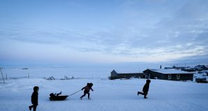 On the edge of America, census begins a tiny Alaska town