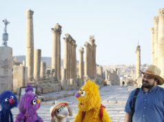 'Sesame Street' comforts children displaced by Syrian war
