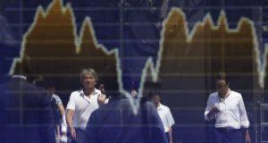 Chinese stocks drop as coronavirus death toll rises