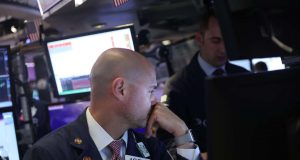 Dow Futures Resilient as Coronavirus Death Toll Soars Above 100