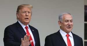 Trump hosts Israeli leaders who call his peace plan historic