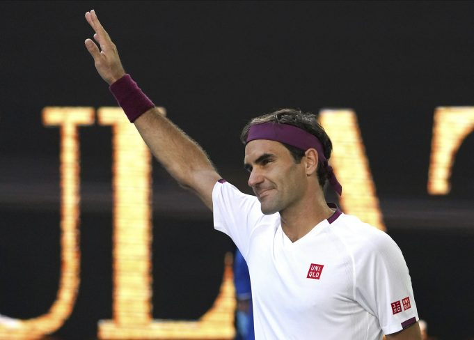 1 point from defeat 7 times, Federer wins Australian Open QF
