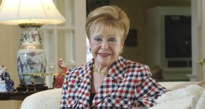 Bestselling author Mary Higgins Clark dead at age 92