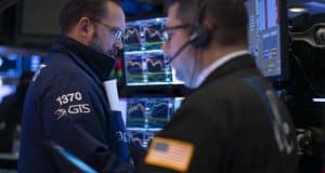 US futures point to slightly higher open