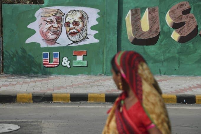 India builds wall along slum ahead of Trump visit
