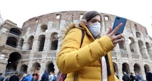 Next seven days seen as decisive for Italy as coronavirus cases surge