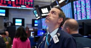 Stock market live updates: Futures point to 500-point loss, airline stocks fall