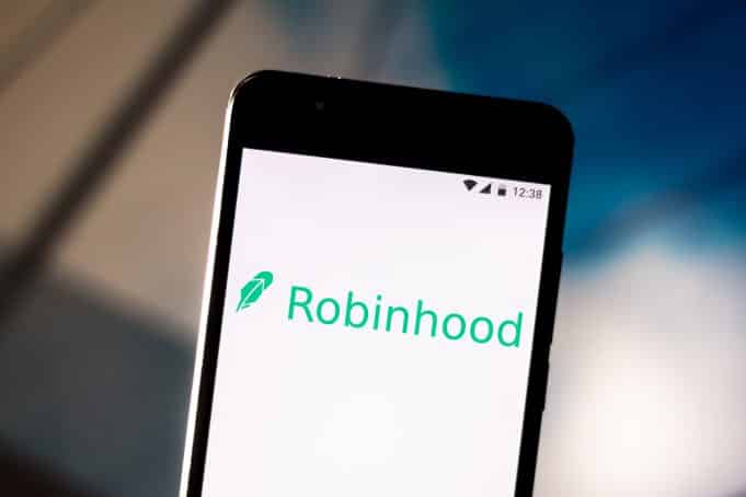 Robinhood client files lawsuit for negligence over two-day trading outages