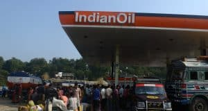 India could be a 'major winner' as oil prices plummet