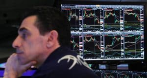 Dow Futures in Denial as Smart Money Awaits Next Stock Market Crash