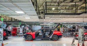 Tesla turns Q1 profit on cost reductions, rising car margins, credits