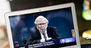 Buffett on coronavirus, airlines and more: Watch the 5 best moments from the Berkshire meeting