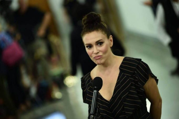 Alyssa Milano's Face Conceal Is Her Crown as Queen of a Wildly Tiring Weekend