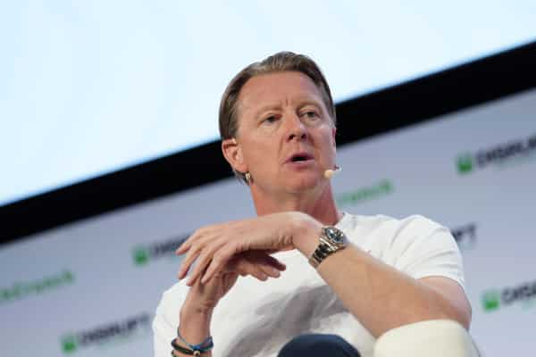 Verizon CEO Hans Vestberg shares his COVID-19 arrangement and ways