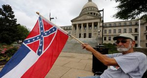Mississippi closer to removing Confederate battle emblem from state flag